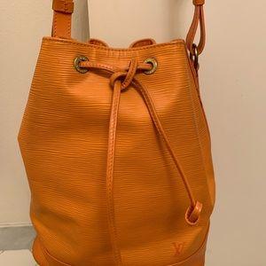 Louis Vuitton Handbag Authentic.